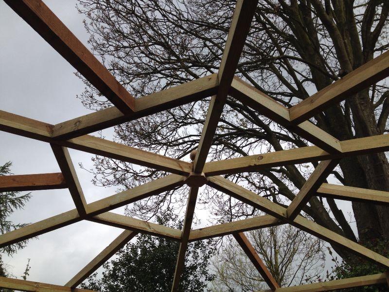 Hexagonal pergola garden