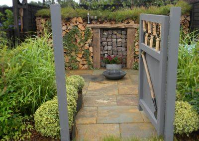 The elements garden room