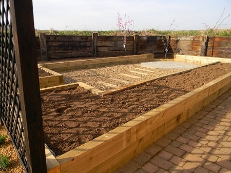 Containers and raised beds